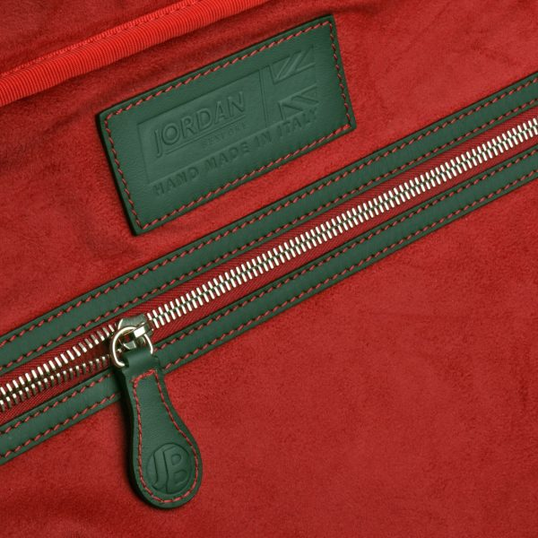 gto holdall ms check red inner 1